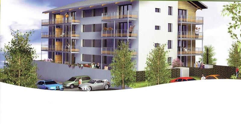 Au calme cette Résidence de standing conforme  RT 2012  composée de 16 appartements répartis sur 4 niveaux ,1 T4 et 3 T 3 par niveau ,17 garages boxés en sous sol desservi par un ascenseur du -1 au +3. Des superbes prestations pour cette résidence avec 4  appartements en rez de chaussée composée de grande terrasses de 14 m² à 63 m² sans oublier un agréable jardin allant de 18 m² à 480 m² . Situé à  4 minutes de la frontière Suisse et à 10mn des pistes  au ceur du Haut Jura, ce village de la station des Rousses à conservé un cadre de vie privilégié, de quoi concilier vie de famille et vie professionnelle sans oublier les  vacances,commerces à pied ainsi que l'école très bon rapport locatif .<BR>Bois d'Amont est l'un des 4 villages qui compose la station des Rousses<BR>se situe à<BR>- 55 minutes de Genève<BR>- 1h05 de Lausanne par niveau<BR>- 2h40 de Lyon<BR>- 4h40 de Paris<BR>
