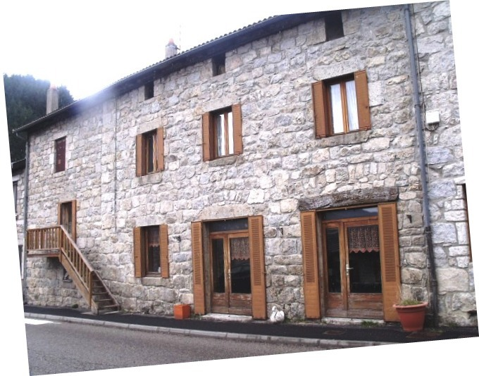 vente maison/villa 9 pièces Saint-Julien-Boutières 07310