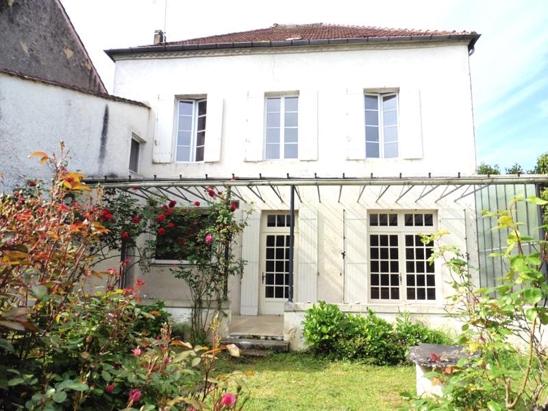 vente maison/villa 9 pièces Miramont-de-Guyenne 47800