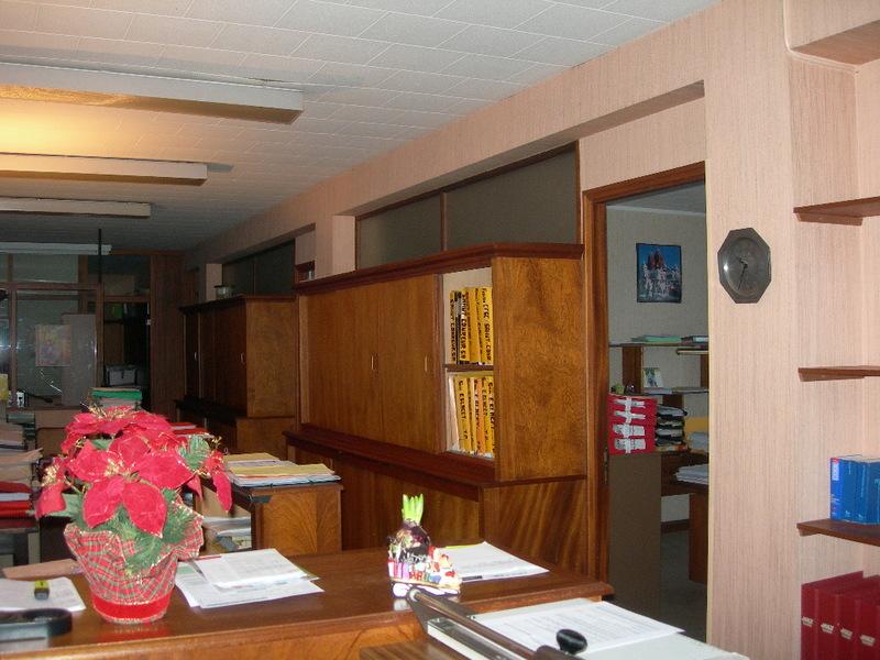 annonce vente bureau valenciennes 59300 immobilier professionnel 992736140057. Black Bedroom Furniture Sets. Home Design Ideas
