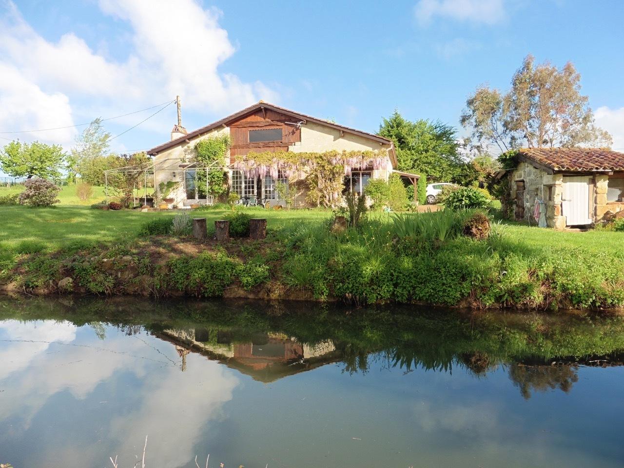 vente maison/villa 6 pièces Saint Barthelemy d Agenais 47350