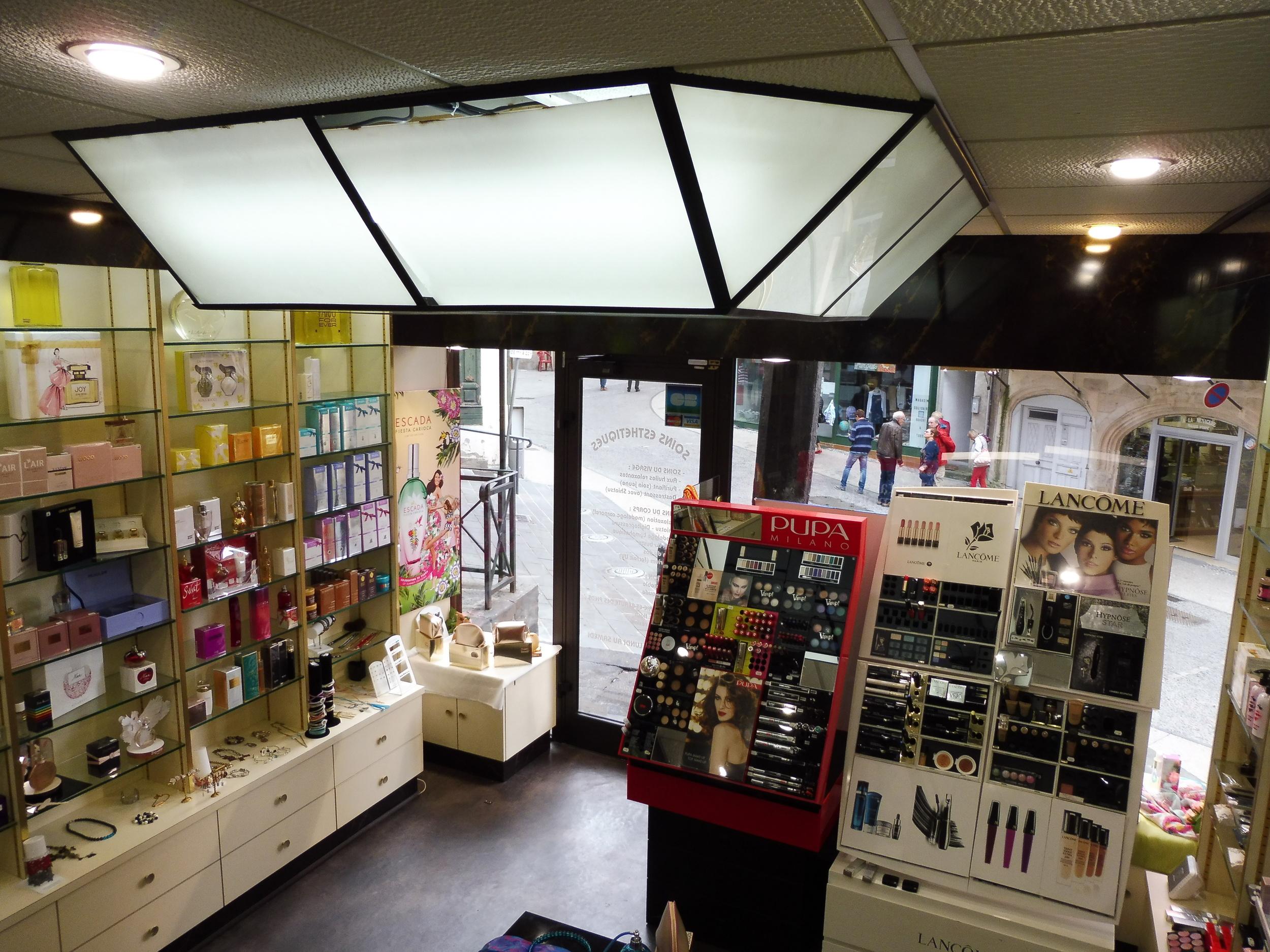 vente fond de commerce boutique 4 pièces Clermont-Ferrand 63000