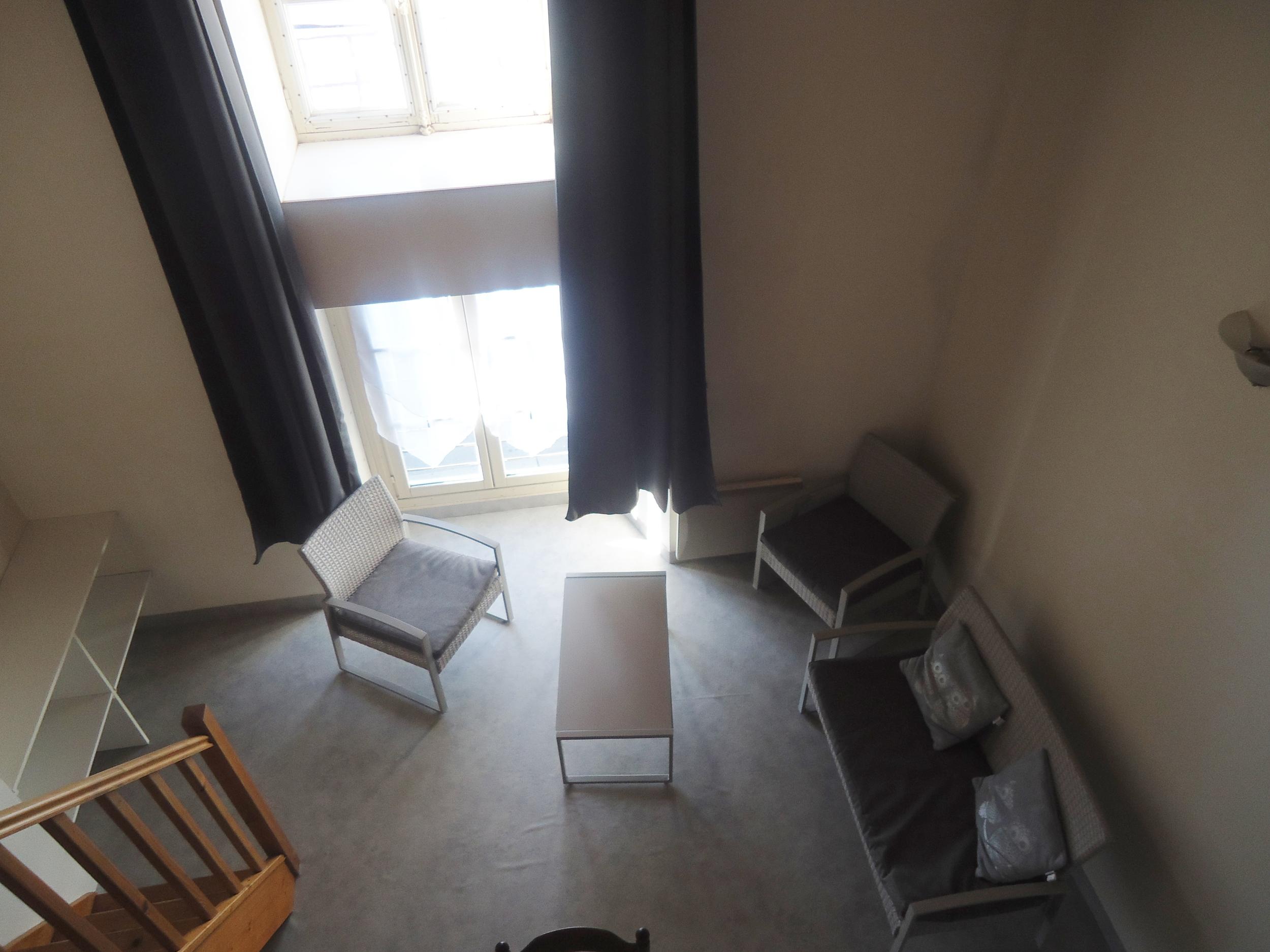 vente immeuble 3 pièces Parthenay 79200