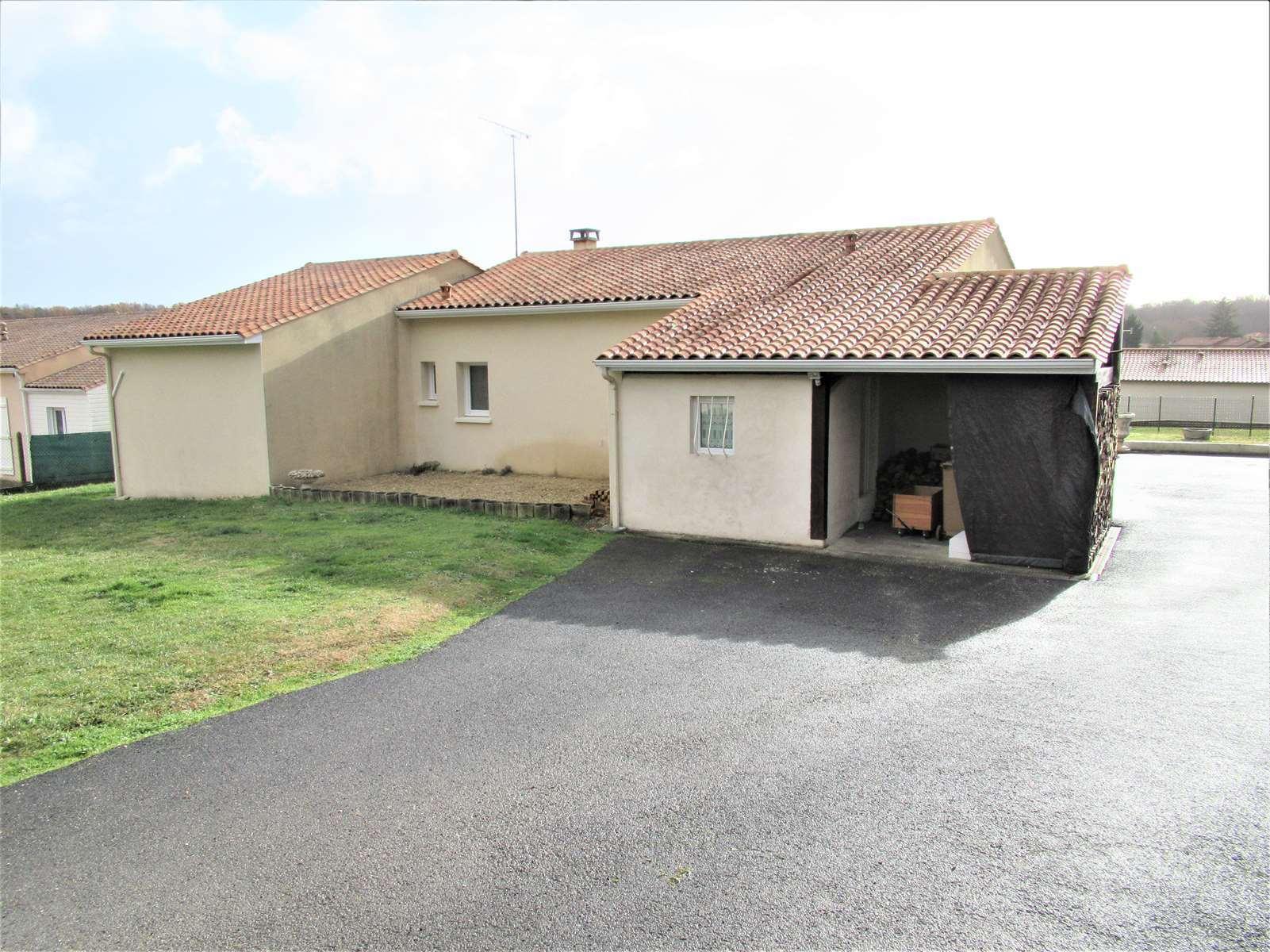 vente maison/villa 5 pièces Dirac 16410