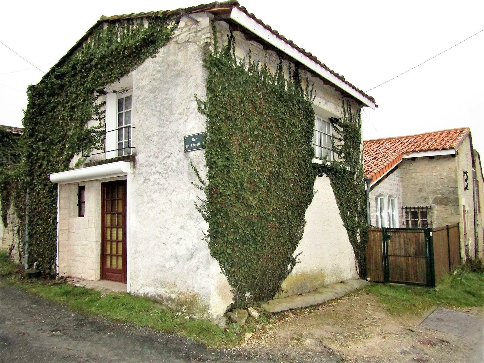 vente maison/villa 5 pièces Vindelle 16430