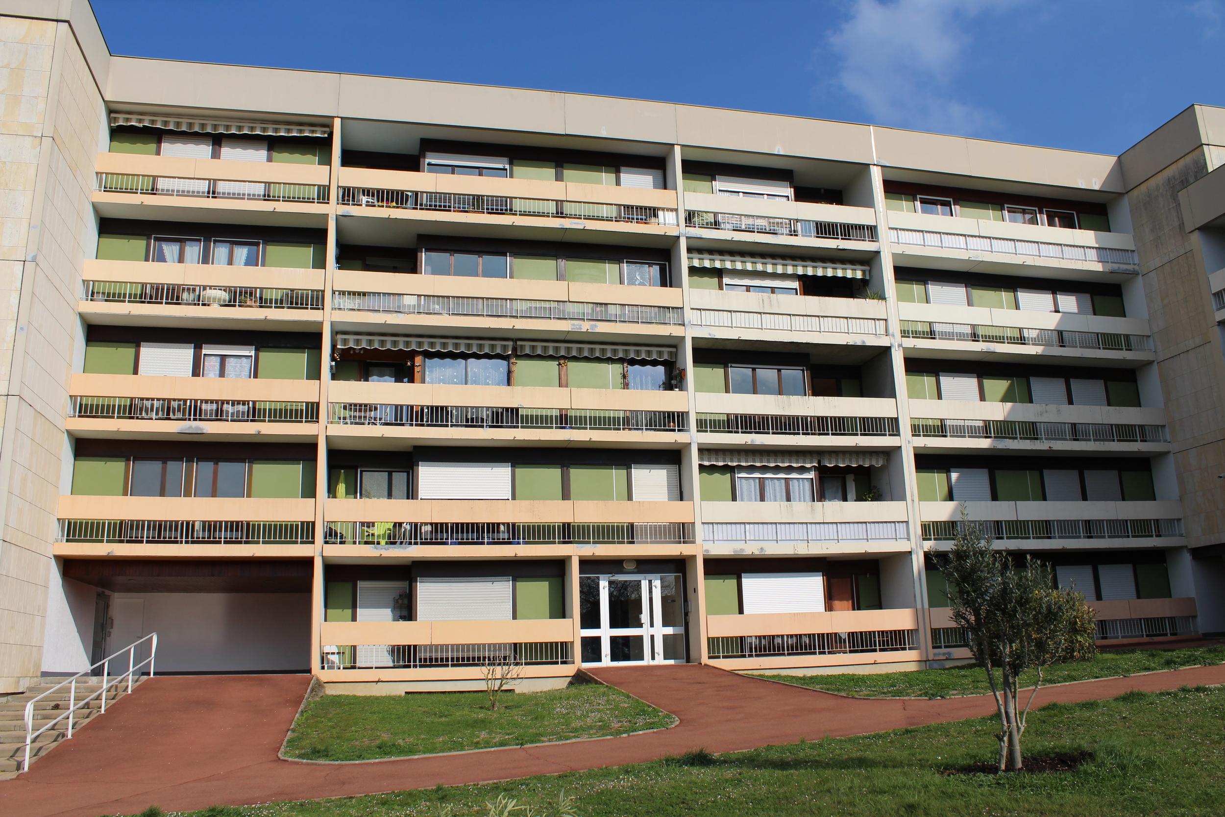 vente Appartement 4 pièces Angoulême 16000
