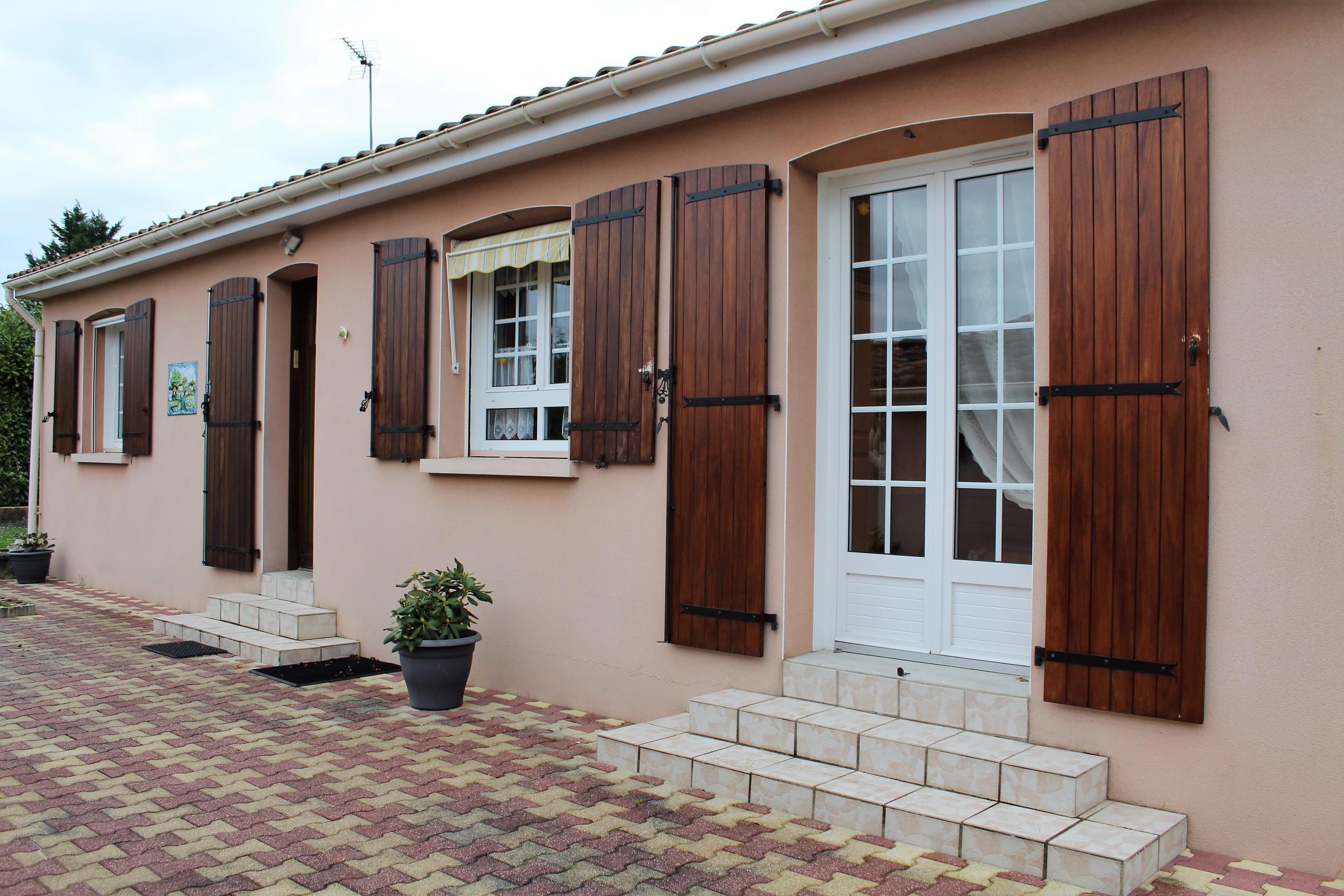 vente maison/villa 4 pièces Bouëx 16410