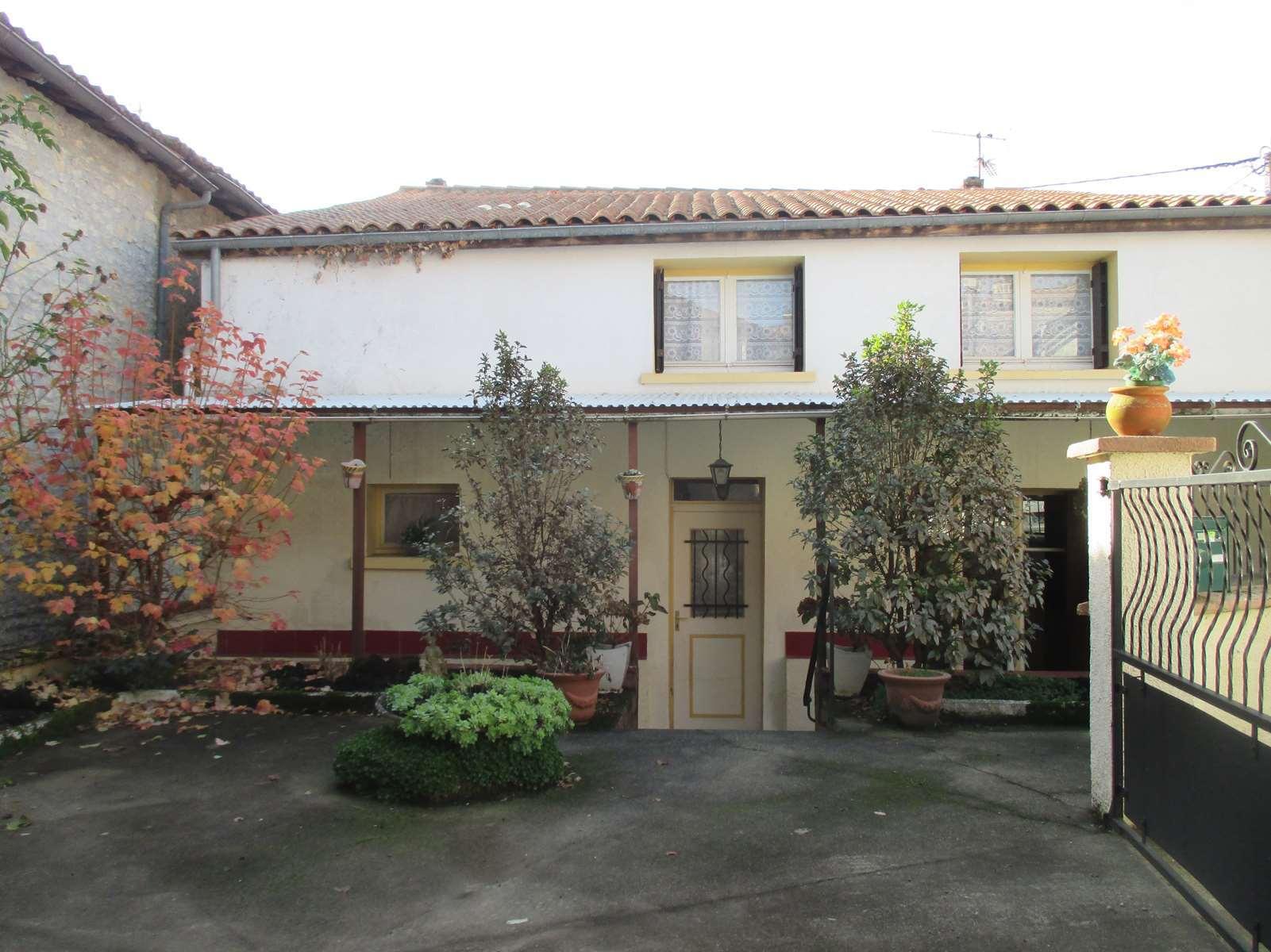 vente maison/villa 5 pièces Ruelle-sur-Touvre 16600