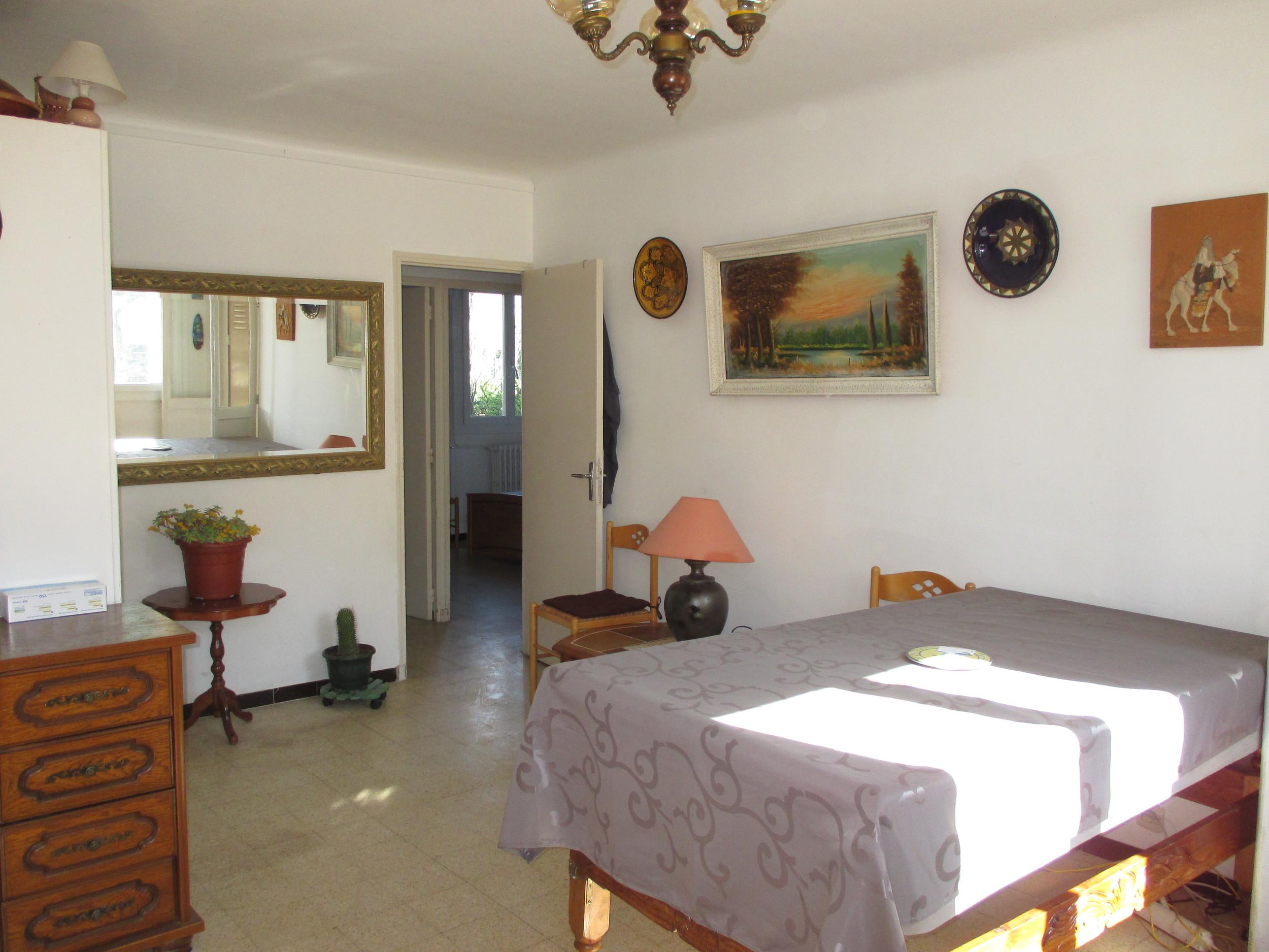 vente Appartement 3 pièces Salon-de-Provence 13300