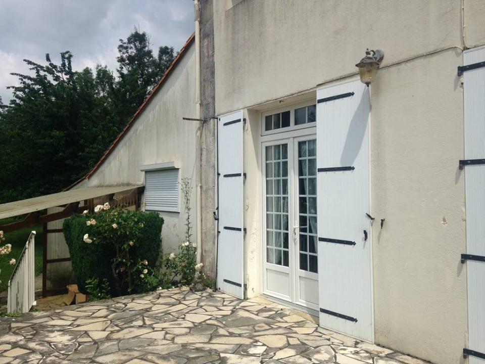 vente maison/villa 5 pièces Lussant 17430
