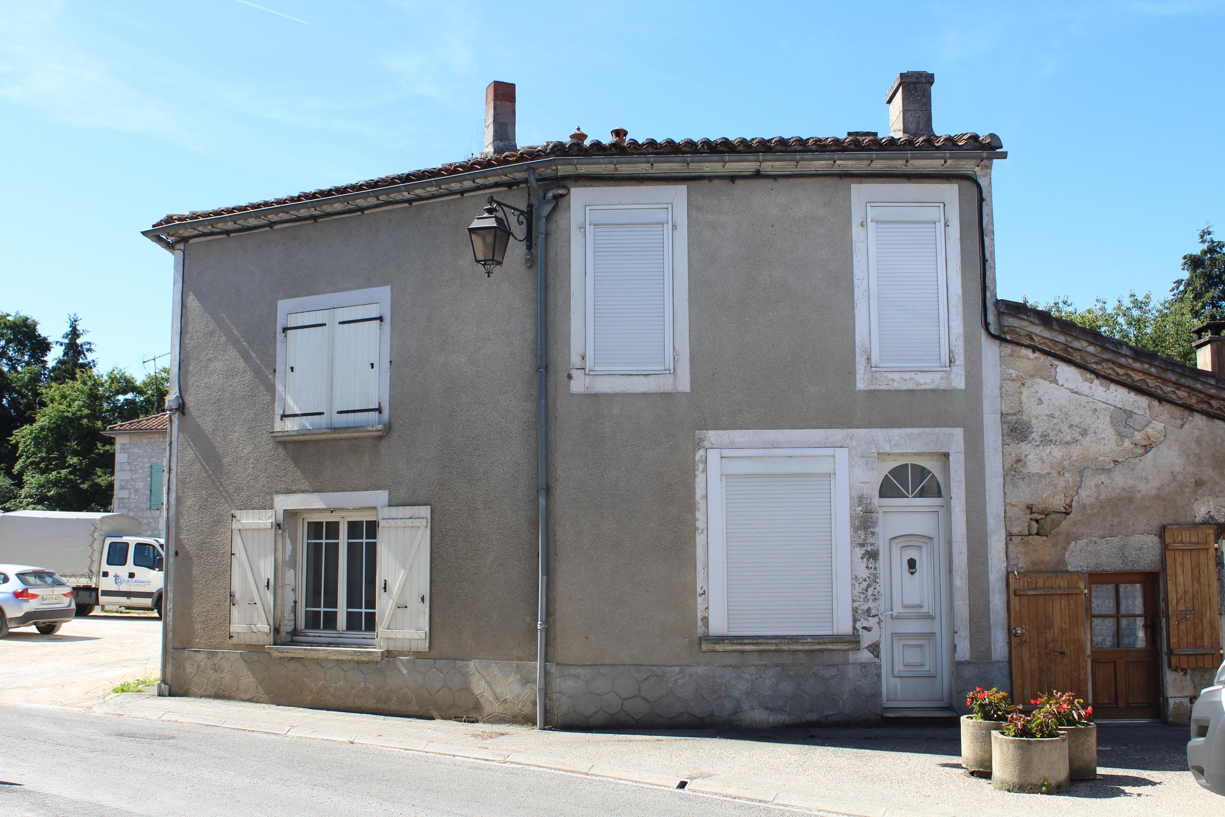 vente maison/villa 5 pièces Pranzac 16110