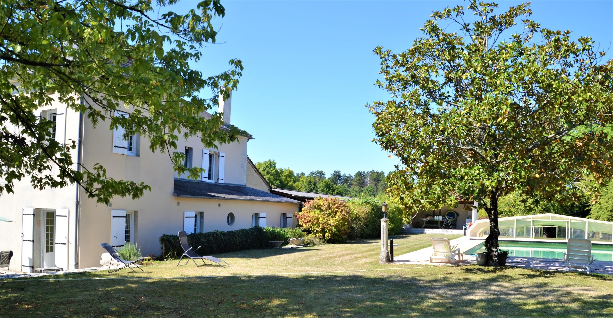 vente maison/villa 9 pièces Verteillac 24320