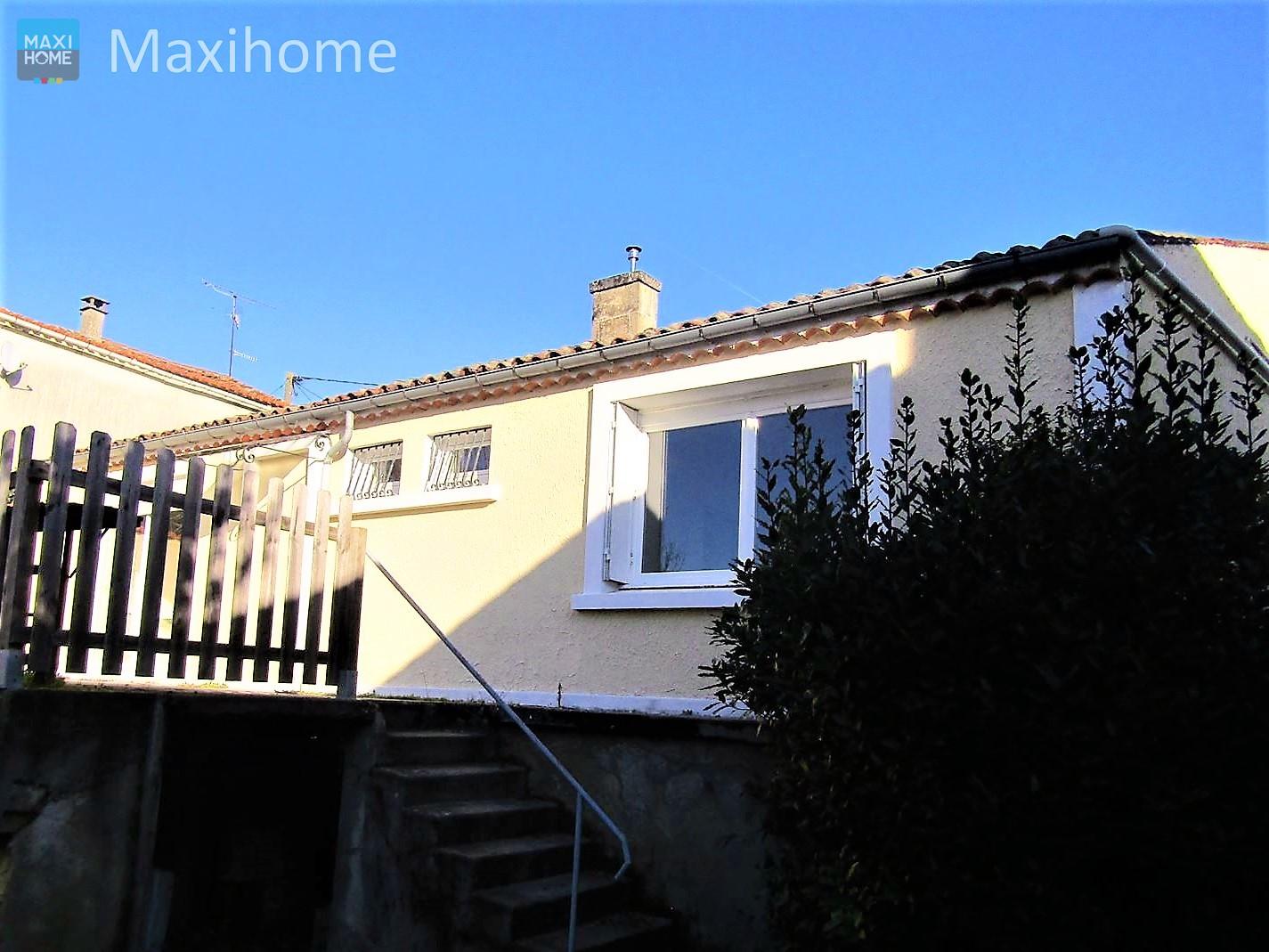 vente maison/villa 4 pièces Sireuil 16440