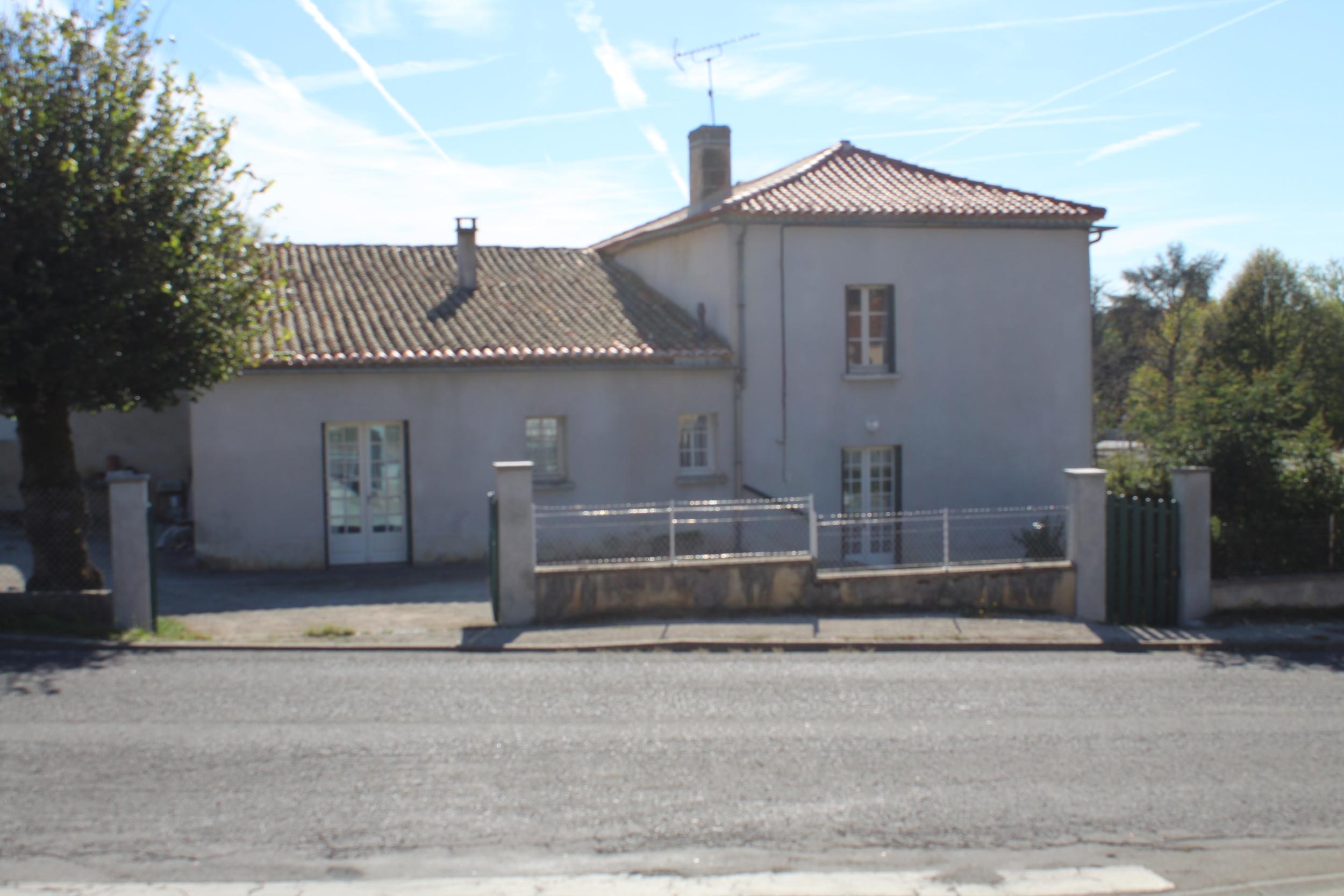 vente maison/villa 4 pièces Pranzac 16110