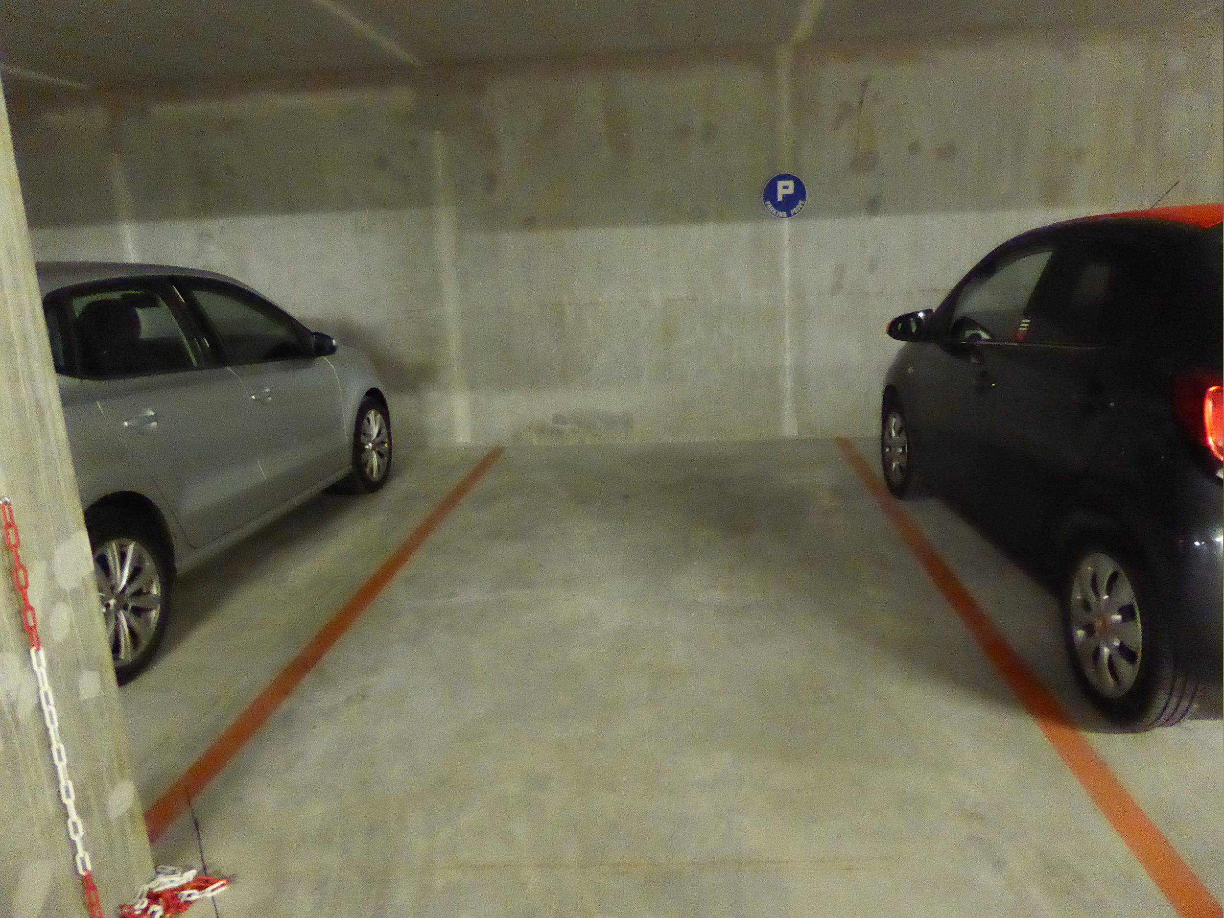 vente parking/box 1 pièces Gradignan 33170