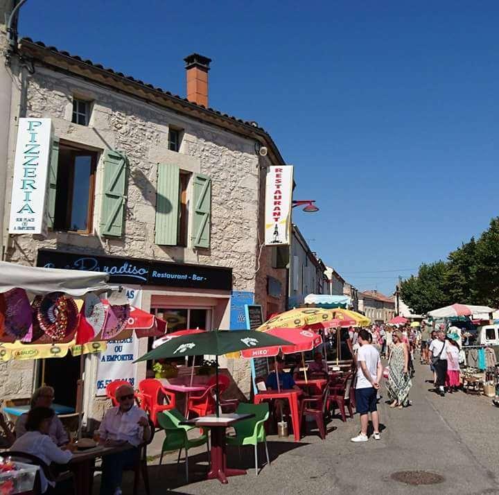 vente fond de commerce boutique 14 pièces Laroque-Timbaut 47340