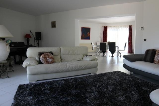 vente maison/villa 6 pièces Nîmes 30000