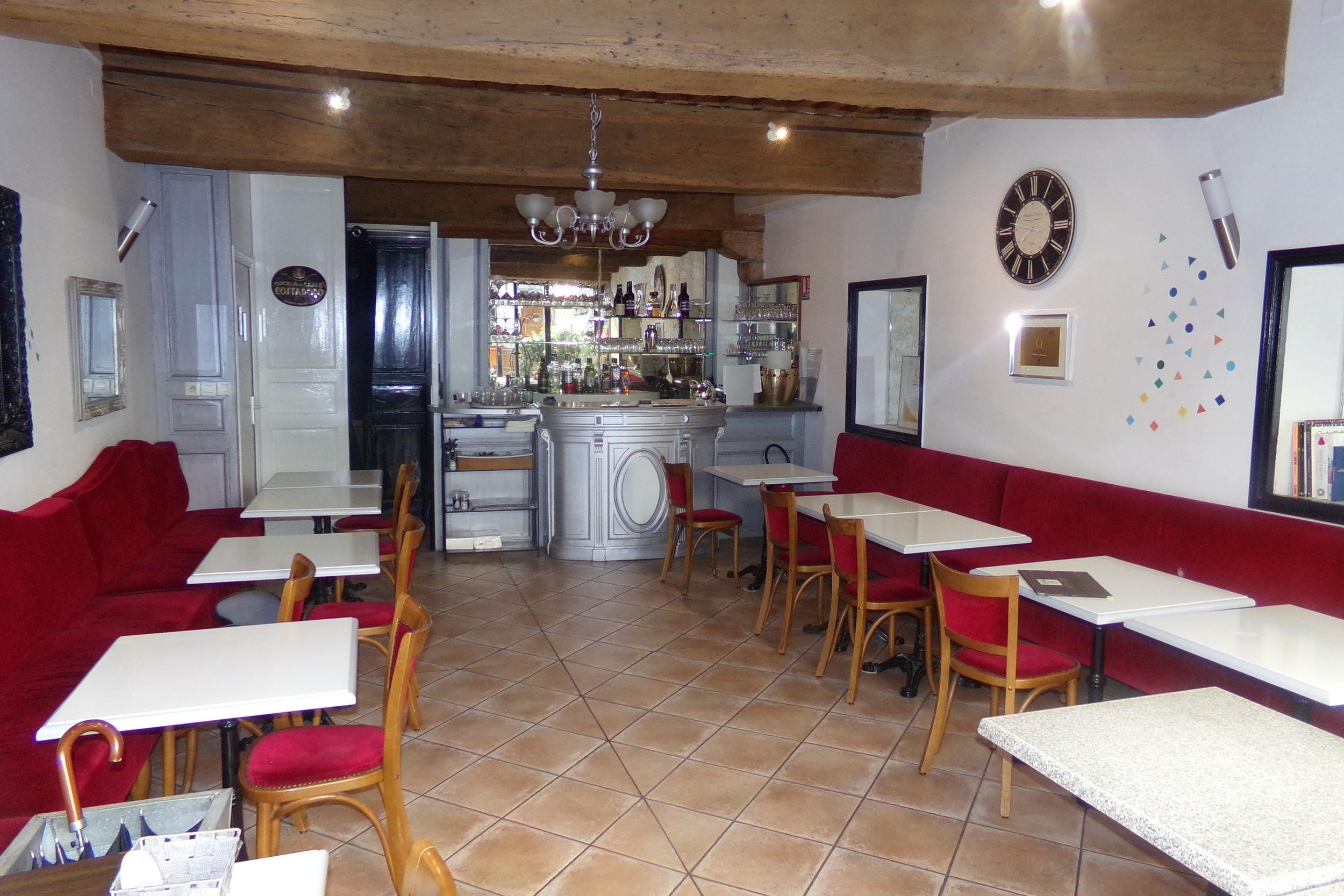 A MACON EN BOURGOGNE RESTAURANT DE 90 M2 AVEC TERRASSE - Restaurant